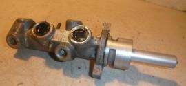 Цилиндр тормозной главный Citroen C4 (2004-2011)